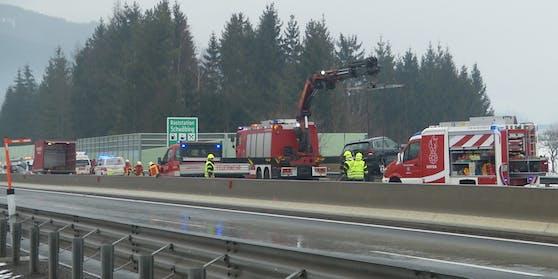 Auf der S6 ist es zu einem tödlichen Verkehrsunfall gekommen.