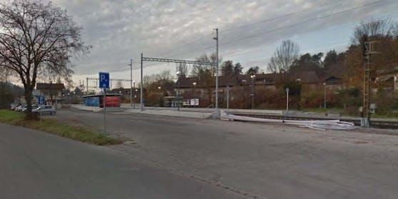 Das Drama ereignete sich am Bahnhof Würenlos in der Schweiz.
