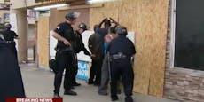 Schwarze rufen Polizei und werden festgenommen