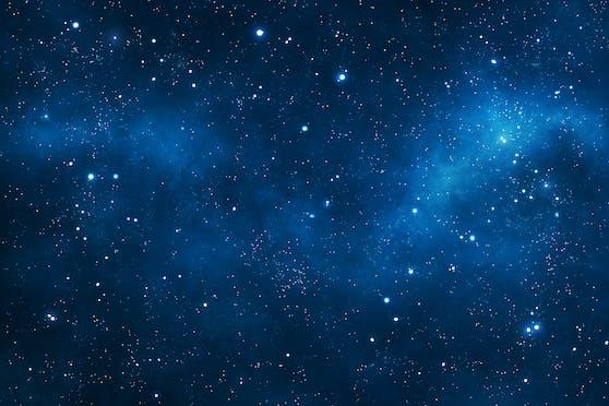 Spiel von Licht und Schatten: Die Bewegung eines Sterns mit seiner Scheibe sieht aus wie die flatternden Flügel einer Fledermaus.