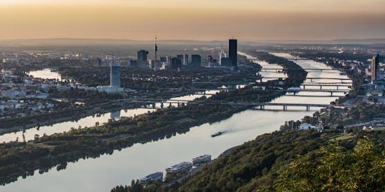 Blick vom Leopoldsberg über Wien und die Donau. Archivbild, 2018