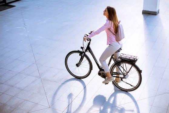 refurbed bietet ab sofort runderneuerte E-Bikes an.