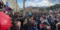 Mega-Demo sorgt für Verkehrs-Chaos in Wiener City