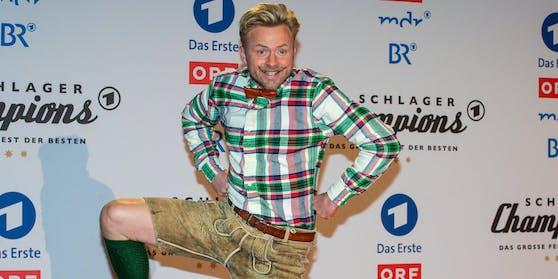 Willi Gabalier macht auf Horst Lichter und übernimmt Bares für Rares auf Servus TV