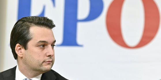 Wiens FPÖ und ihr Landesobmann Dominik Nepp müssen sich warm anziehen.