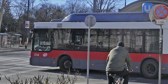 Die SPÖ ist sich sicher: Die Grünen verzögern die Lösung für eine Anbindung des Schafbergs an den Bahnhof Gersthof (Symbolbild)