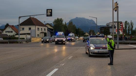 Die Polizei untersucht den genauen Unfallhergang.