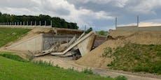 Nur noch Trümmer und Schutt: Verkehrsbrücke stürzte ein