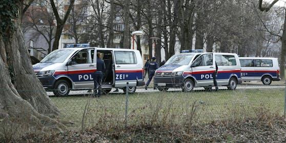 Die Polizei rückte aus und sprengte die Party.