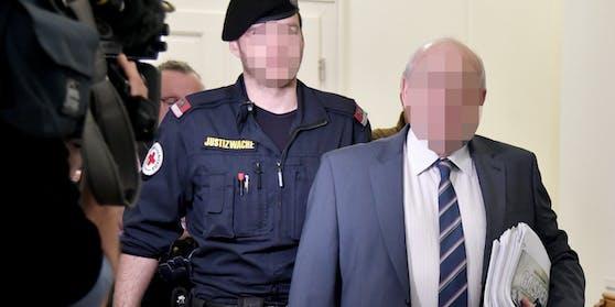 Der ehemalige Bundesheer-Offizier wurde in Salzburg zu drei Jahren Haft verurteilt.