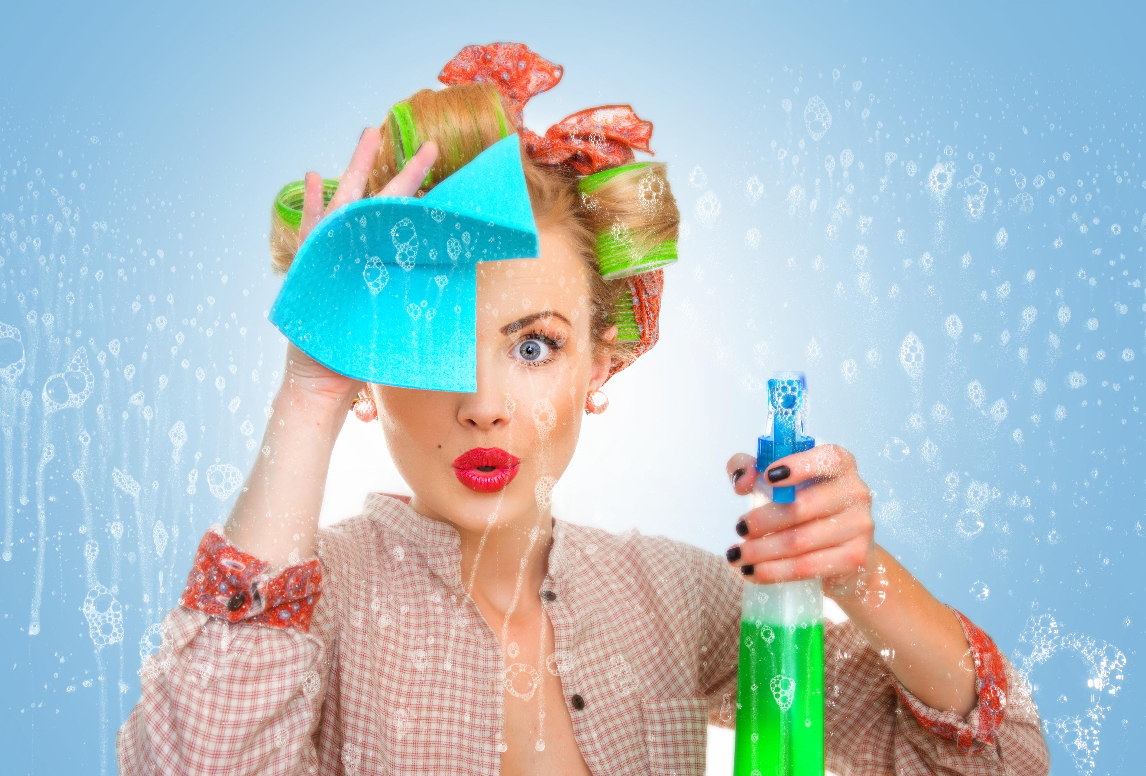 So viele Kalorien verbrennst du beim Putzen