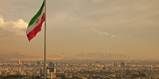 Die iranische Hauptstadt Teheran wurde am Dienstagabend von einer heftigen Explosion erschüttert