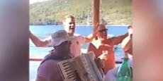 Video-Skandal: Manuel Neuer singt Lied von rechter Band