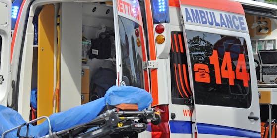 Die Frau wurde bei dem Unfall lebensgefährlich verletzt. (Symbolbild)