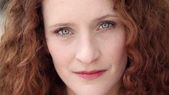 Lisa Wildmann hat das Stück inszeniert und spielt auch die Hauptrolle.