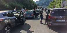 Mega-Stau! Verkehrs-Chaos auf dem Weg an die Adria