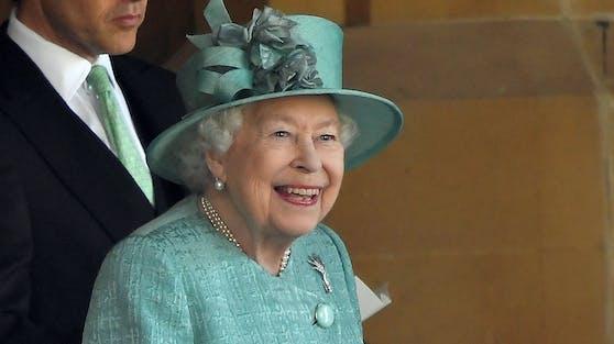 Queen Elizabeth II. stellt das Gelände ihres Landsitzes im Norden von London für ein Open-Air-Kino zur Verfügung.