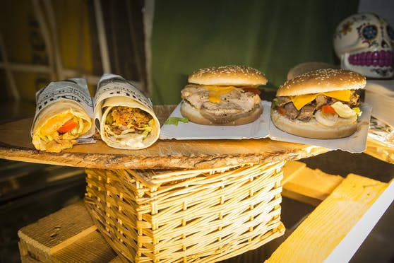 An diesem Wochenende gibt's Speisen aus aller Welt beim European Street Food Festival in Wels.