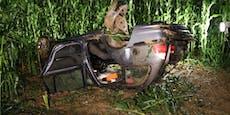 Frau nach Unfall mit Hand unterm Auto eingeklemmt
