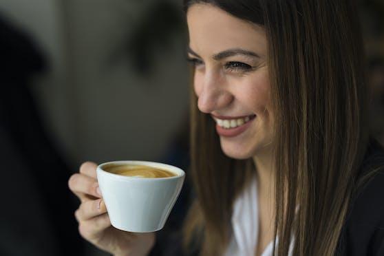 Die Pille hat einen ungünstigen Einfluss auf die Wirkung von Kaffee.