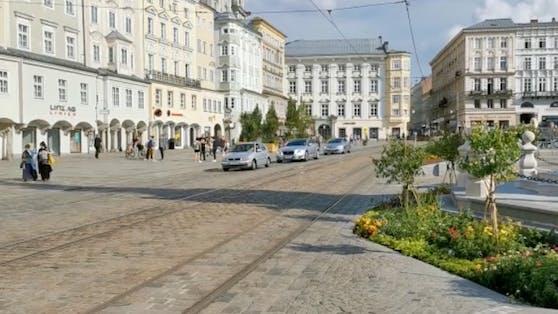 Ab Montag können wieder Autos auf den Linzer Hauptplatz.