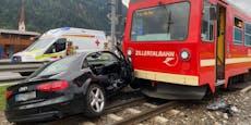 Zillertalbahn erfasst Auto: Zwei Verletzte