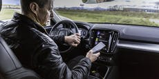 Blick aufs Smartphone häufigste Unfallursache