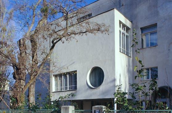 """Die """"Villa Beer"""" in Hietzing von Architekt Josef Frank steht zum Verkauf."""