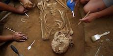 Häuslebauerin findet 34 Tote auf ihrem Grundstück