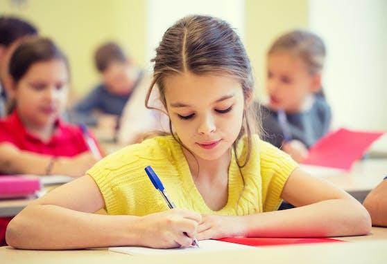 Die Schüler werden in den Fächern Deutsch, Mathematik und Sachunterricht gefördert.