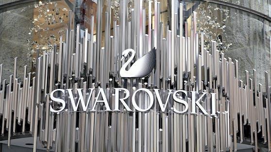 AK und ÖGB üben heftige Kritik am Swarovski-Konzern.