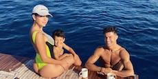 Heiße Bilder! Ronaldo zeigt Luxus-Urlaub mit Familie