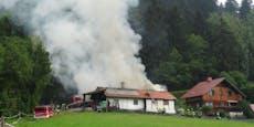 Benzindämpfe entzündeten sich - Gebäude in Flammen