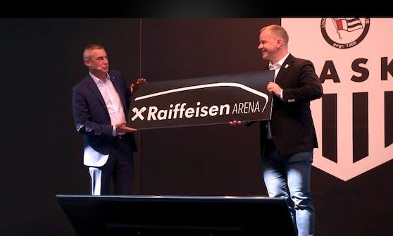 Raiffeisen-General Heinrich Schaller und LASK-Präsident Siegmund Gruber