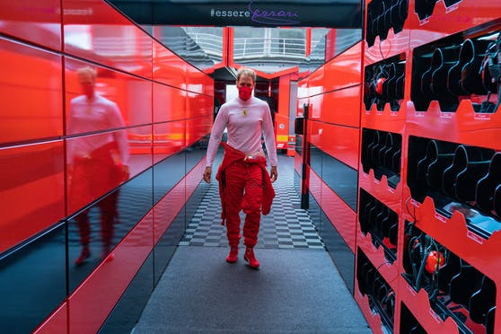 Sebastian Vettel zieht über seine Ferrari-Zeit Bilanz.