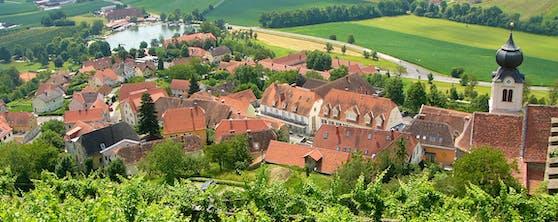 Die Gemeinde Riegersburg von der Vorburg aus gesehen