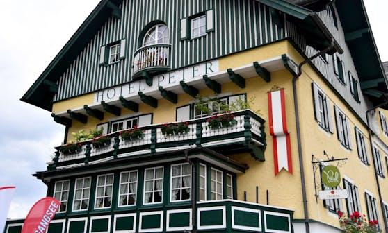 In St. Wolfgang wurden in vier Unterkünften Infektionsfälle gemeldet. Im Bild das Hotel Peter