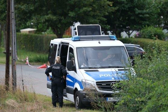 Der Einsatz stehe im Zusammenhang mit den Ermittlungen wegen Mordes gegen den verdächtigen 43-jährigen Deutschen im Fall Maddie McCann.