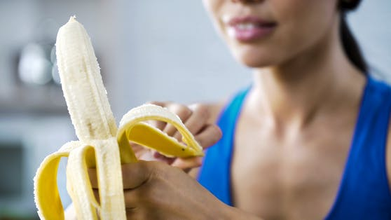 Selbst beim Schälen von Bananen kann man so einiges falsch machen.