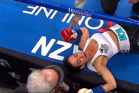 Miranda Adkins ging nach nur sieben Sekunden zu Boden.