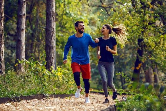 Sport hilft fast immer gegen schlechte Laune. Gemeinsam macht er besonders viel Spaß!