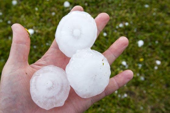 Am Mittwoch hagelte es in Kärtnten golfballgroße Hagelkörner.
