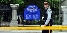 Bewaffneter Soldat bricht mit Truck bei Trudeau ein