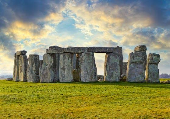Stonehenge ist ein prähistorisches Denkmal in der Nähe von Salisbury.