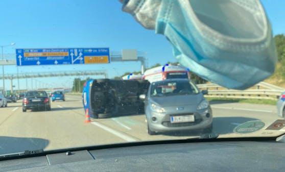 Crash auf der A2 in Richtung Wien