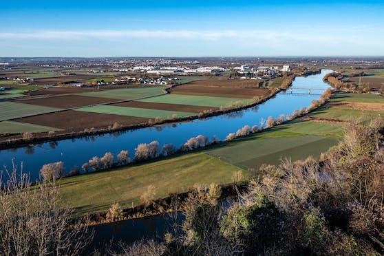 Eine 13-Jährige ist bei Bogen in der Donau ertrunken