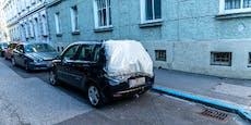 Vandalen demolierten 21 geparkte Autos in Linz