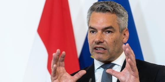 Innenminister Karl Nehammer (ÖVP) will einen möglichen politischen Einfluss aus der Türkei untersuchen