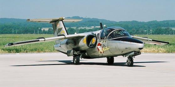 Eine Saab-105 des österreichischen Bundesheeres am Flughafen Linz-Hörsching