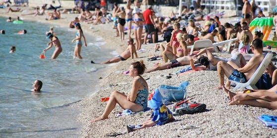 Die Österreicher haben wieder Lust auf Urlaub im Ausland.